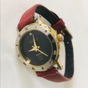 VINTAGE GUCCI RED LEATHER BAND WRIST WATCH GERMANY